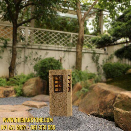 Trụ đèn granite vàng 80cm