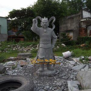 Tuong-ho-phap-bang-da-da-oai-nghiem-thpd38